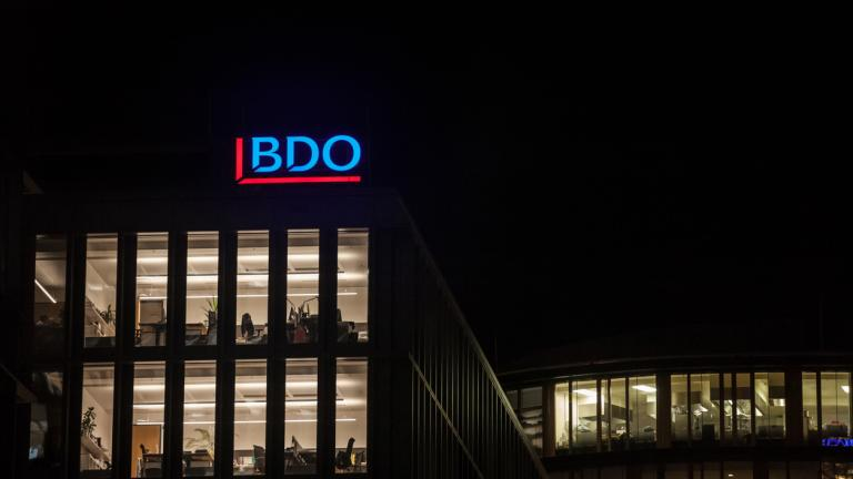 Picture of a sign with the logo of BDO