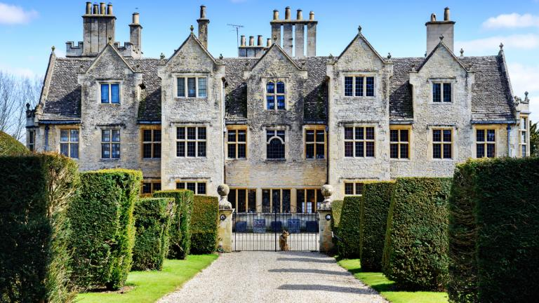 Elizabethan Manor house in the Cotswolds, Oxfordshire, England