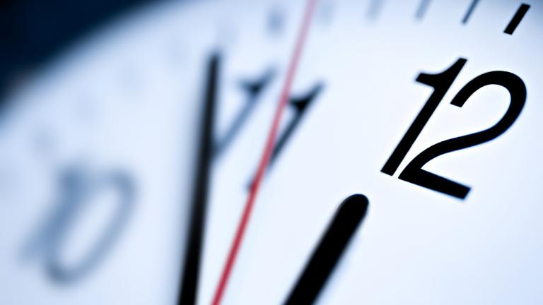 Last minute clock