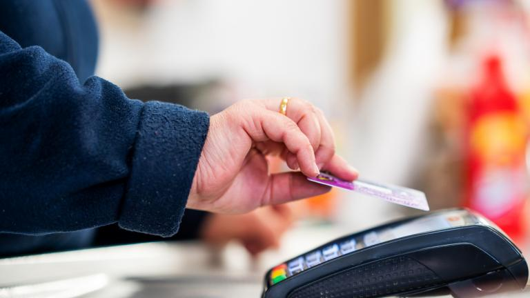 Retail cashback plan to maintain availability for cash transactions