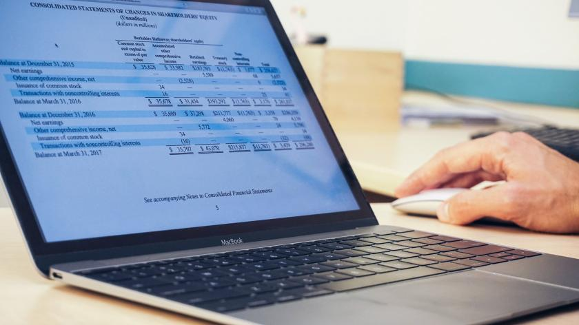 How to improve financial reporting process