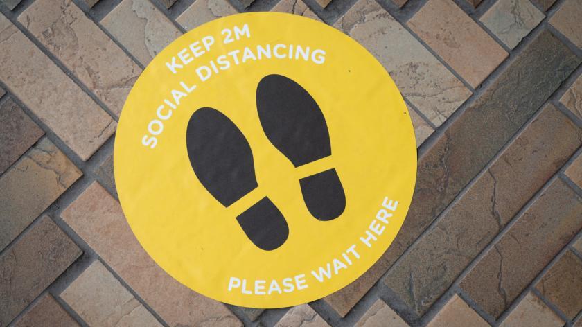 An image depicting social distancing