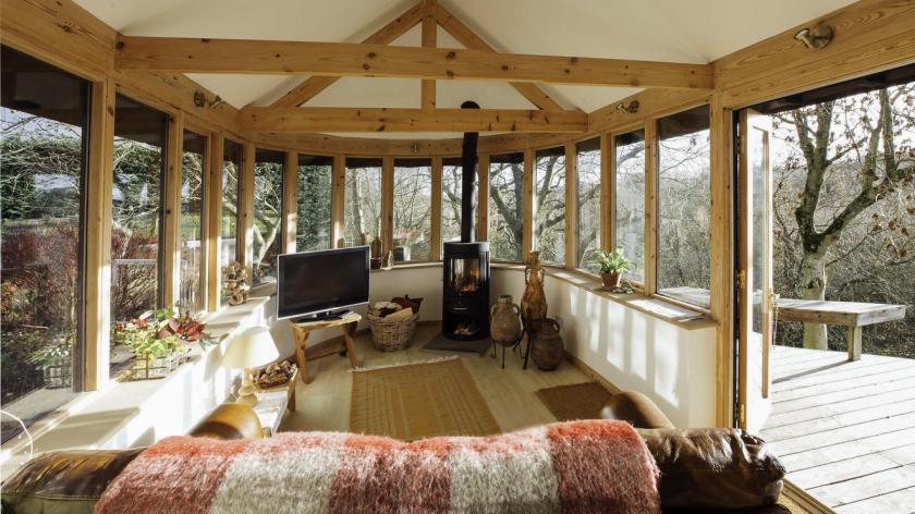 A furnished log cabin