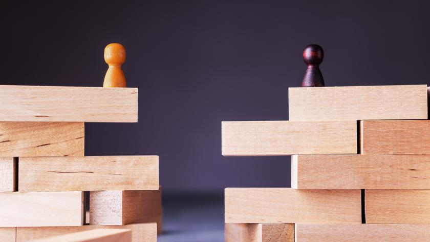 What can software suppliers do to close the growing gap with their accountant customers?
