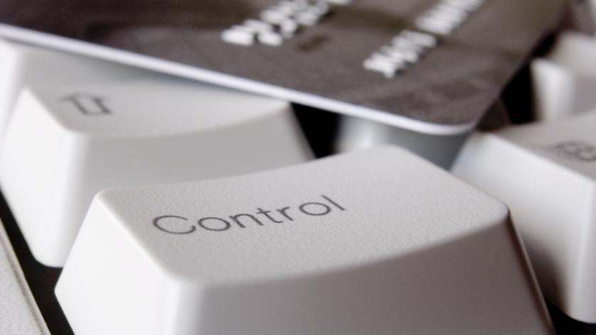 E-commerce control