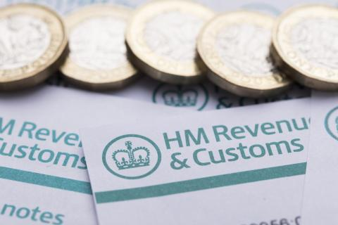 HM revenue papers and cash