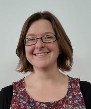 Elizabeth Jones freelance copywriter